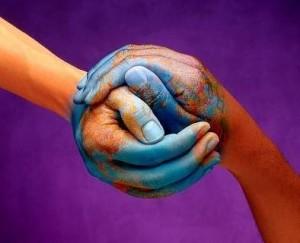 épanouissement personnel - mains empathiques